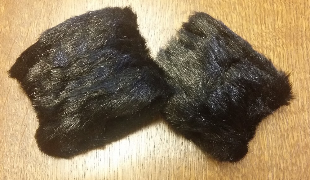 Faux Fur wrist warmer